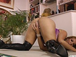 74 high heels tube 8 xxx movies